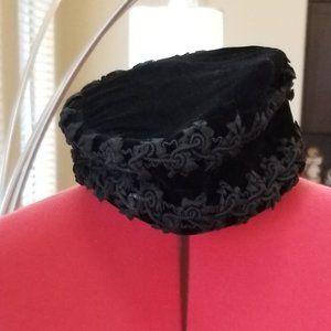 🍹🍸VINTAGE VELVET COCKTAIL CAP
